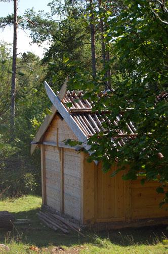Järnåldershus i trä.
