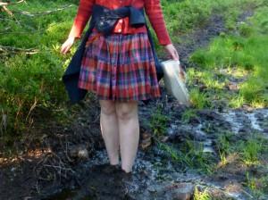 Fötter begravda i lera